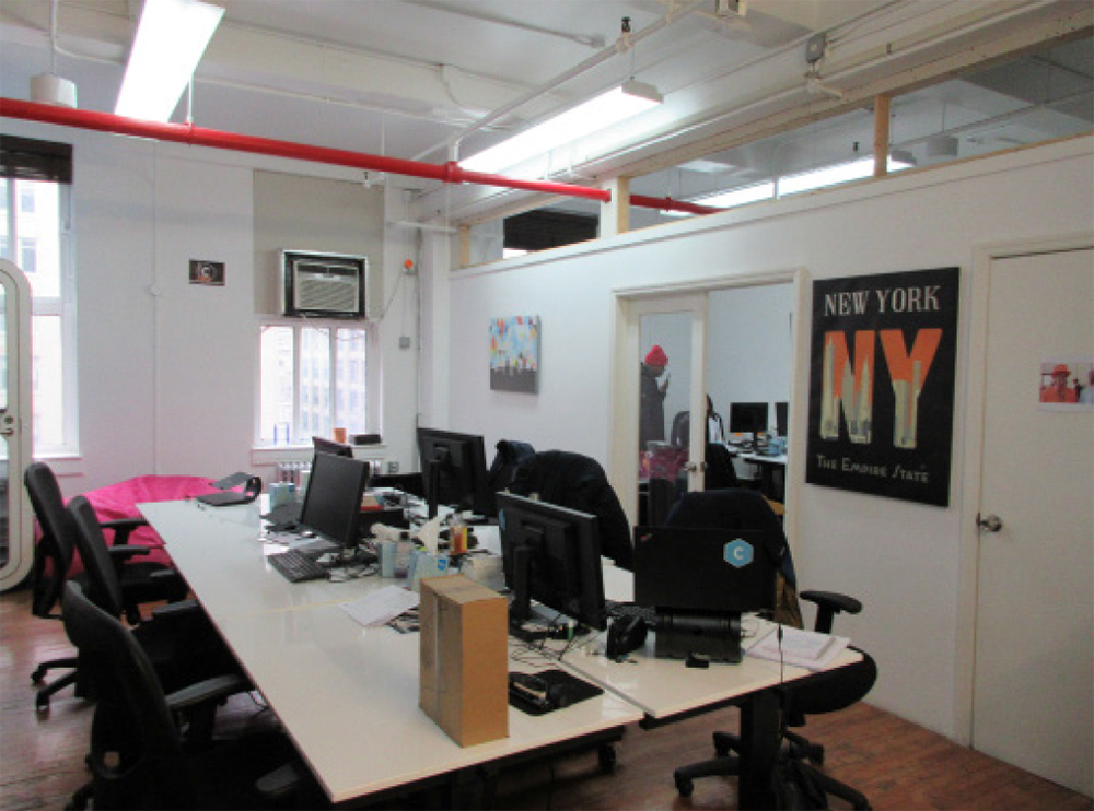 164 West 25th Street - Desks