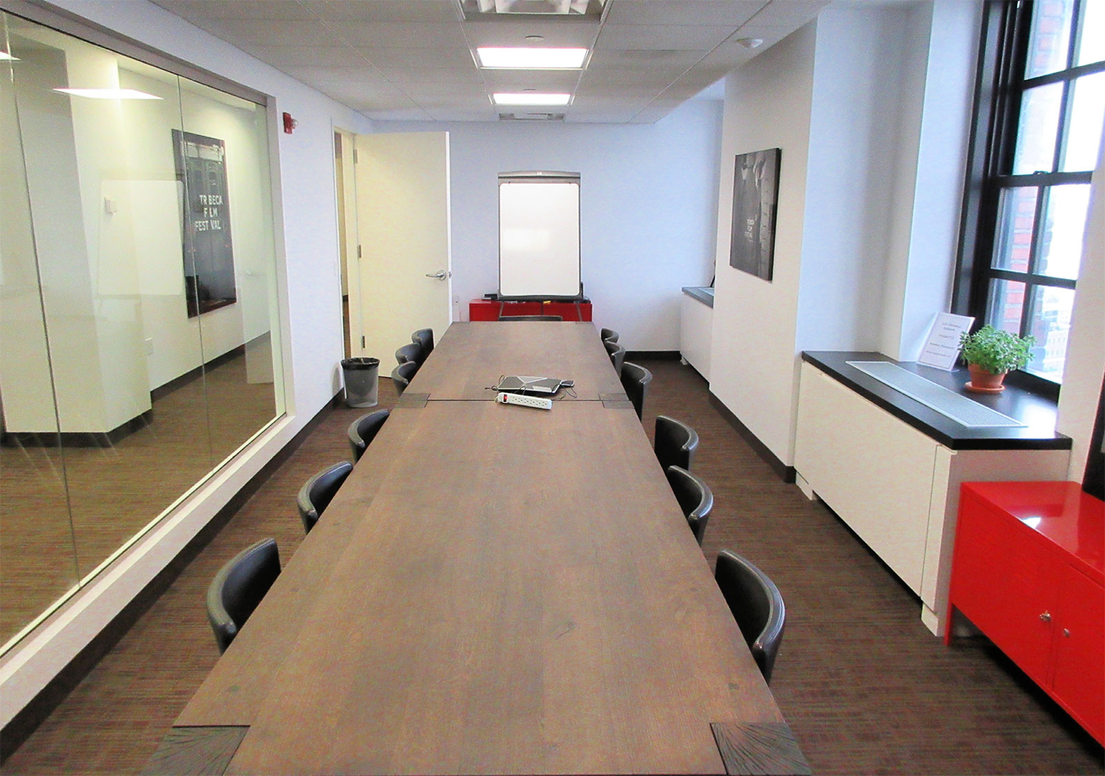 32-Avenue-Of-The-Americas-conference-room